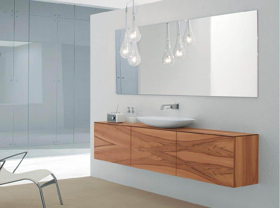 baño de diseño con mueble de colgar