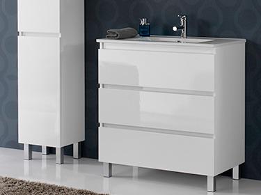 muebles de baño con patas y complementos