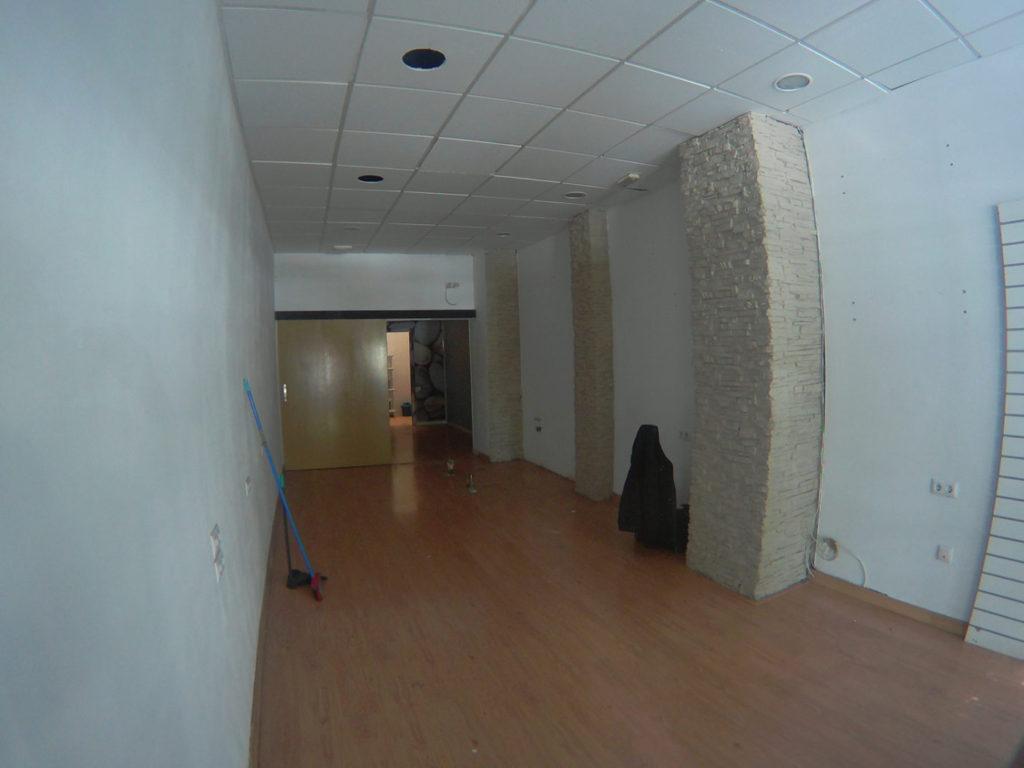 interior nuevo local en obras Totducha Alicante