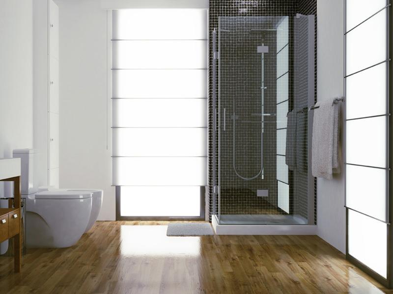 cuarto de baño con plato de ducha antideslizante