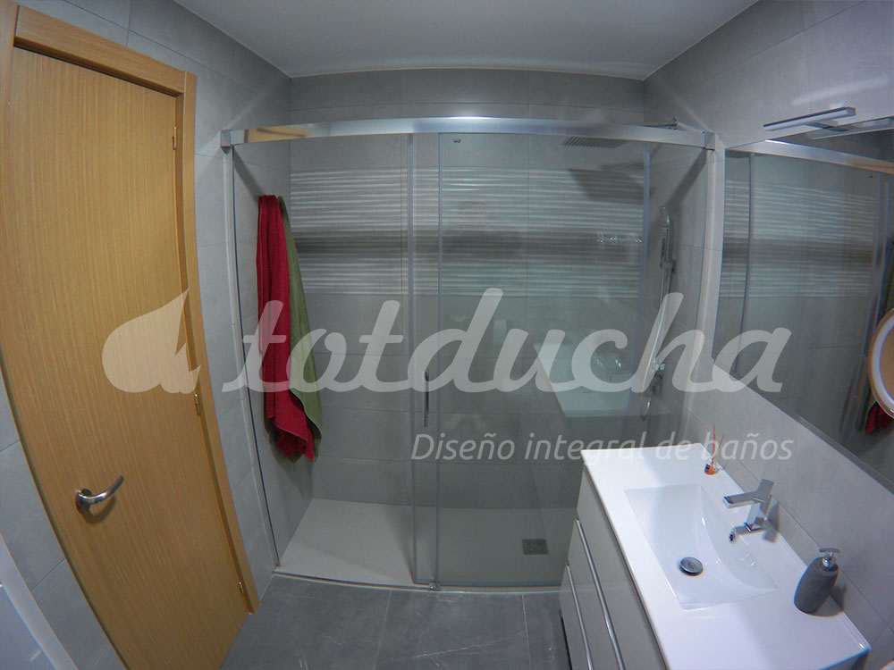 baño reformado por Totducha
